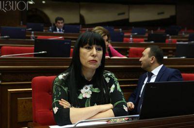 """Naira Zöhrabyan: """"Statistikasız da aydındır ki, məhkəmə sistemində korrupsiya halları faciəvidir"""" - İTTİHAM"""